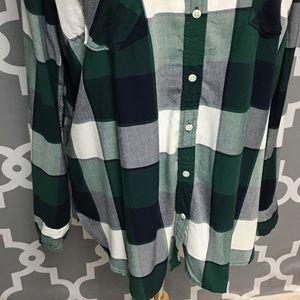 Merona Tops - ➕ Merona Green Plaid Flannel Button Down 7P